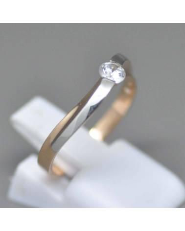 Raudono balto aukso sužadėtuvių žiedas